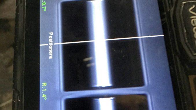 Svetsen granskas via skärmen